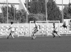 El CD Dénia golea al Alcoyano B en un partido en el que debutó el juvenil Quique Sirerol