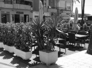 Teulada traslada las terrazas de los bares para dejar libres las aceras