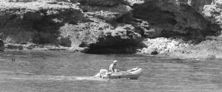Dénia intercepta a tres persones practicant pesca il·legal submarina en la reserva marina