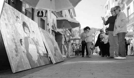 Veleros, medusas y 3.800 piedras por los refugiados muertos toman las calles de Calp