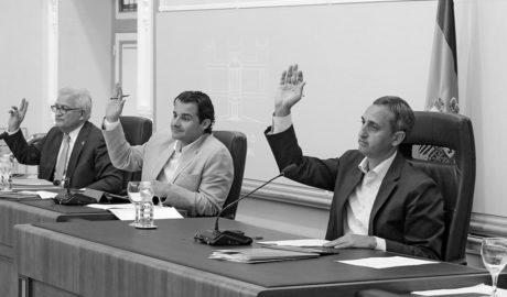 El PP de César Sanchez aborta en la Diputación la moción de la Marina Alta por la reversión sanitaria