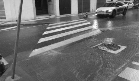 Casas que se inundan y deficiencias en los acabados, el preocupante resultado de tres obras de la Diputación en Gata