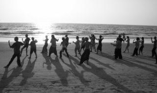 Estiu, època d'esport gratuït en les platges de Dénia: fins a set activitats per posar-se en forma