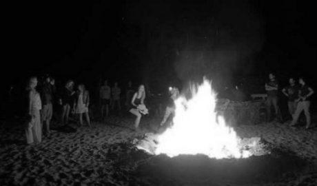 Dénia refuerza el número de papeleras y contenedores en las playas para la Nit de Sant Joan