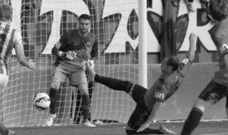 Adrián Ortolà torna al FC Barcelona després de la seua cessió i s'entrenarà amb el primer equip