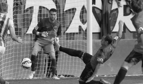 Adrián Ortolà regresa al FC Barcelona tras su cesión y entrenará con el primer equipo