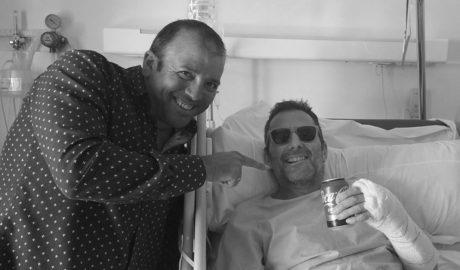 """""""Quiero pronto una paella con allioli"""" (el deseo desde el hospital de Scott Gordon, uno de los ciclistas de Xàbia heridos en Oliva)"""
