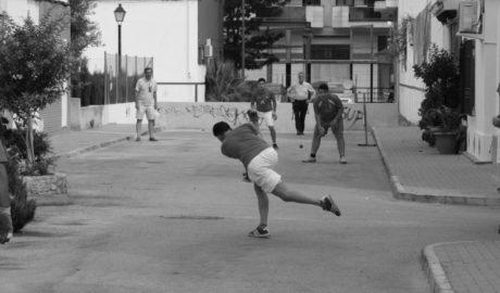 A Dénia també es juga a pilota al carrer