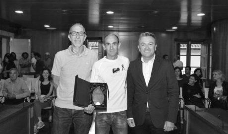 Xàbia homenajea a Ignacio  Cardona, campeón europeo de trail en veteranos