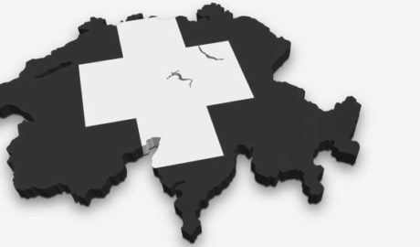 Detingut a Dénia un fals 'broker' reclamat a Suïssa per estafar 5 milions