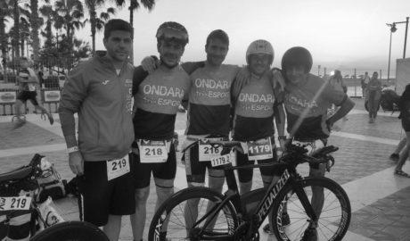 Seis atletas de Ondara participan en la Copa de España de Triatlón distancia media