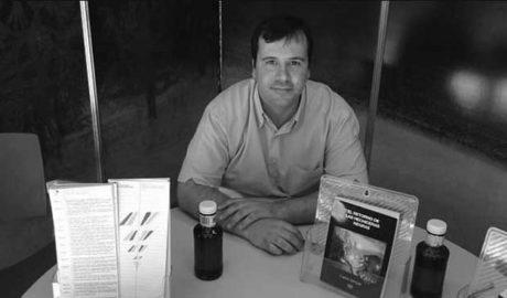 """Carlos Samper, escritor: """"¿Cómo podía ser que nadie hubiera escrito sobre el preventorio de Aigües?"""""""