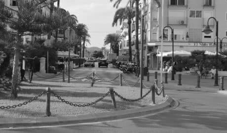 Teulada amenaça amb retirar les terrasses als bars reincidents que incomplisquen la normativa d'ocupació