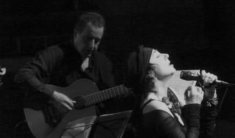 Mísia brilla con luz propia en la primera jornada de Música al Castell de Dénia