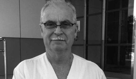 Armando Lemos galardonado con el premio Santa Isabel por su trayectoria en enfermería
