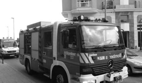 Sofocado un pequeño incendio en un céntrico hotel de Dénia