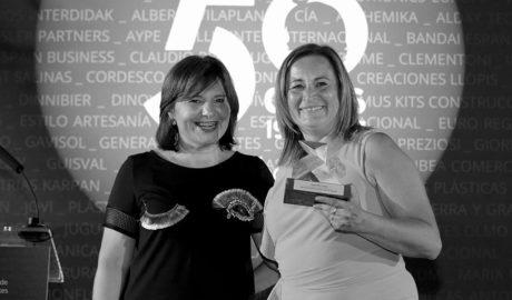 Reconocimiento a Cayro como socia fundadora de la asociación juguetera española