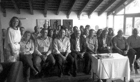 La patronal pide a los alcaldes unidad en la demanda del Tren de la Costa