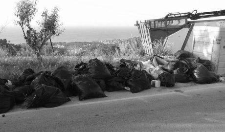 El gobierno de Benissa culpa a «vecinos incívicos» de la proliferación de basuras y excrementos caninos