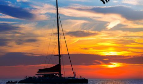 """Sorteo de un viaje en el catamarán de Mundo Marino Dénia en la excursión """"Puesta de Sol"""""""