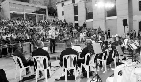 Las dulzainas de La Llebetjà hicieron vibrar al público de Música al Castell