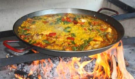 Restaurante Els Paeller's de Dénia, la auténtica paella valenciana cocinada a leña