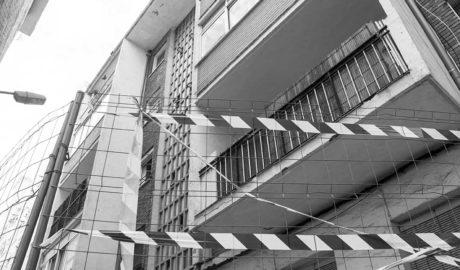 El desalojo del Grupo Català (I): Dénia da una semana más de plazo a los vecinos para abandonar las viviendas