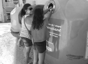 Benitatxell otorgará una figura hecha de vidrio reciclado por los vecinos al ganador de la etapa de la Vuelta