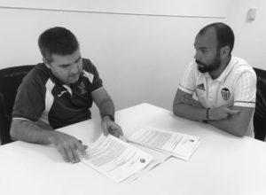 La Escuela Municipal de Fútbol de Dénia entra en la red de Escuelas VCF, que ha creado el Valencia CF