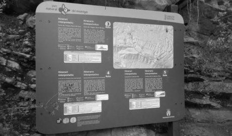 Nuevos paneles en el Montgó de Dénia para difundir las rutas del parque