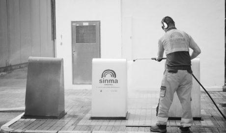 Ondara estrena nueva unidad de agua a presión para la limpieza de contenedores y viales