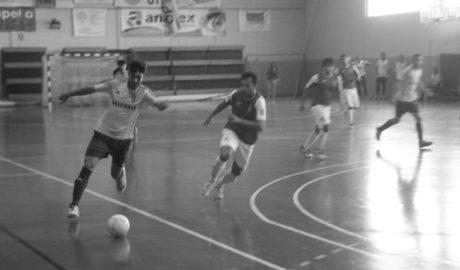El Dénia Futsal vapulea al Linyola en su estreno liguero en casa