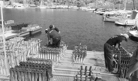 Xàbia añade una tercera plataforma acuática para lanzar el castillo del Loreto