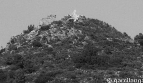 Subvención «histórica» para salvar de la ruina una torre del Castellet de Orba y aclarar su misterioso origen