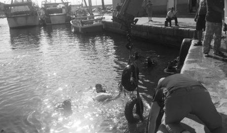 [LA FOTO] El puerto de Calp albergaba 2.000 kilos… de basura