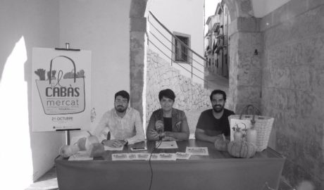 De la terra a la taula: Teulada presenta el primer mercat agroalimentari i artesà
