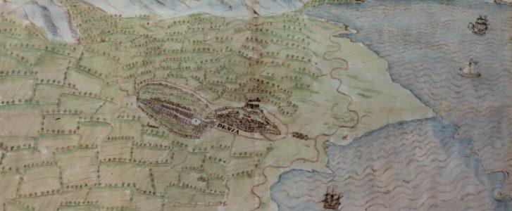 El mapa de 1575 que retrata una Dénia con dos puertos y un castillo repleto de casas