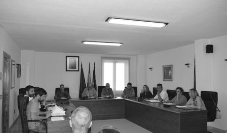 Un informe jurídico aborta el intento de la oposición de rebajar los sueldos del gobierno de Benitatxell