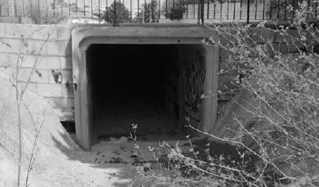 Los vecinos de Dénia exigen que políticos y técnicos paguen de su bolsillo desastres como el del barranco de la Cova de l'Aigua