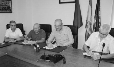 El Poble Nou firma un convenio de colaboración con el club de fútbol local por un importe de 10.000 euros