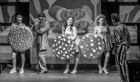 Llega al Auditori Teulada Moraira 'Las tres cerditas', un musical que dará que aullar