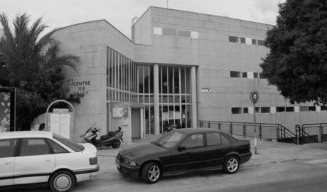 Los sindicatos se solidarizan con el médico agredido en el centro de salud de Calp