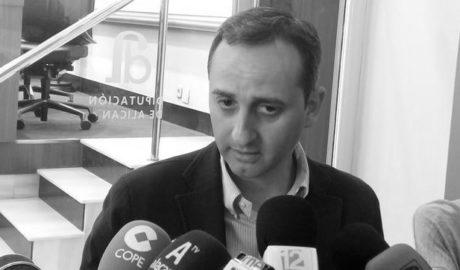 César Sánchez le sube 10.000 euros el sueldo a su antigua jefa de campaña en las elecciones de Calp
