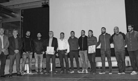 Los Premis de la Tardor reconocen la aportación a la literatura y la música de Tomás Llopis y Aspencat