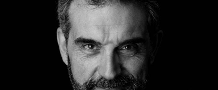 Alfred Picó: «En 'Les tres porquetes' el llop és una estrela a la qual obliguen a mantindre la línia i té fam»