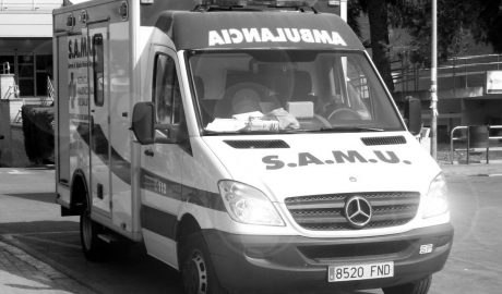 Un trabajador de 36 años se despeña de un tejado en Xàbia