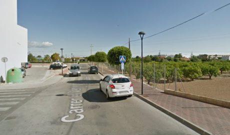 Canvien la parada d'autobusos de l'IES Xebic d'Ondara per la instal·lació de la Fira d'Atraccions