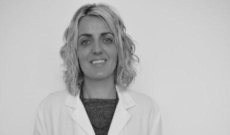 Premiada una psicóloga de Dénia por una ponencia sobre el caso de una joven embarazada a la que diagnosticaron cáncer