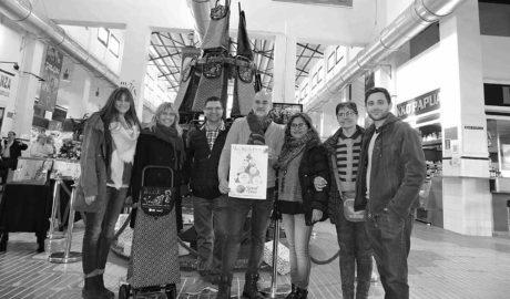 El Mercat de Dénia planta el seu arbre de la solidaritat