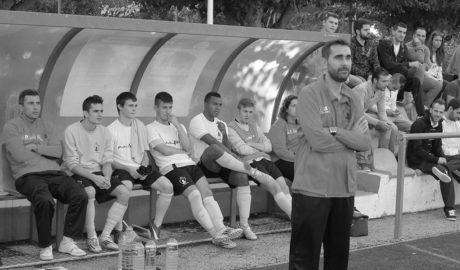 Javi Signes, entrenador del Juvenil A del Dénia, dimite por motivos personales